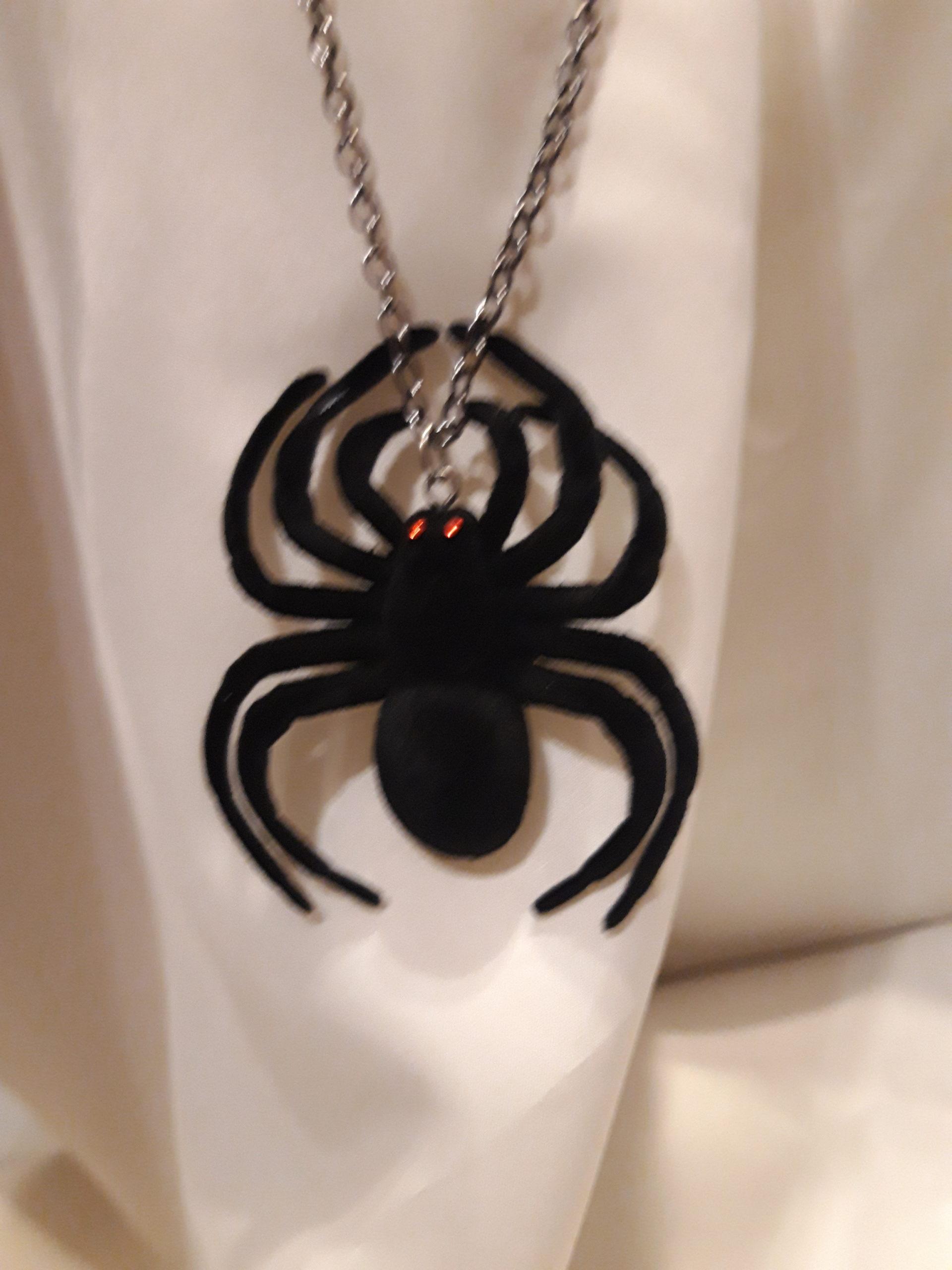 pendentif Araignée